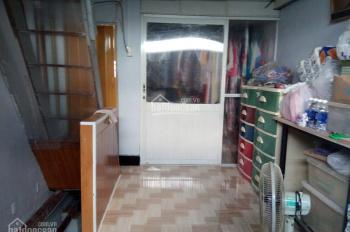 Bán gấp căn nhà 2x6m quận Tân Phú, 1 trệt 2 lầu