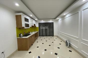 Bán nhà Khương Trung, Quận Thanh Xuân, DT 40m2 x 5 tầng, cách Ngã Tư Sở 500m. LH 0969576116