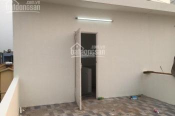 Nhà mới Gia Quất, Long Biên 30m2 x 5T, ô tô đỗ cửa, giá 2 tỷ 350 triệu hướng Nam