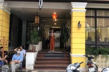 Chính chủ cho thuê toà nhà 6 tầng mặt phố Hàm long, mặt tiền 10m, 100m2/tầng
