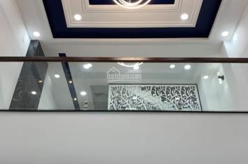 Cho thuê nhà góc 2MT 42A Hoa Sứ, P2, Phú Nhuận giá siêu rẻ