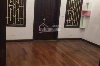 Cho thuê nhà ngõ 131 Thái Hà, DT 65m2 x 4 tầng thông ngõ 53 Yên Lãng, giá 20 tr/tháng
