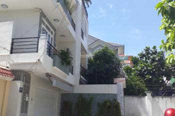 Cần bán dinh thự khu bảo vệ 24/24 Giang Văn Minh Quận 2. DT: 12x20m, hầm 3 lầu đẹp, 0962766965