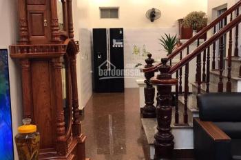 Bán nhà tại Nguyễn Văn Cừ, Long Biên, DT 86m2, 4 tầng, MT 7m, giá 5.18 tỷ có gia lộc LH: 0982503329
