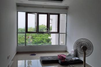 Cho thuê căn 2 PN, 2 WC Celadon City, DT: 70m2, view hồ nước