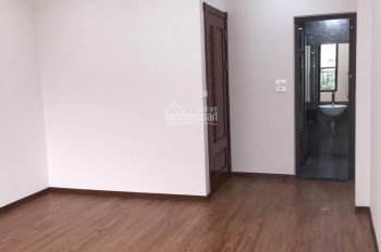 Bán nhà mới đẹp tại ngõ 85 - đường Cổ Linh - phường Thạch Bàn Long Biên Hà Nội, gía 2.4 tỷ