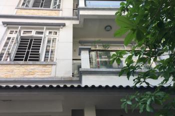 Bán biệt thự sân vườn phố Đốc Ngữ, ngõ Ô tô tránh nhau. DT 140m2x4T, giá 16 tỷ