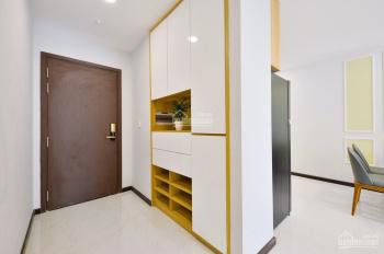 Bán gấp căn hộ Xigrand Court, Quận 10. 75m2, 2PN, tặng nội thất, giá 4.3 tỷ, LH Công 0903833234
