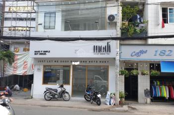 Cần cho thuê mặt tiền 184 Huỳnh Văn Bánh, Phú Nhuận 6x6m giá 38 triệu