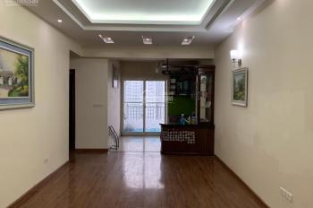 Tôi bán căn hộ 94m2 tòa 47 Vũ Trọng Phụng, Thanh Xuân, nhà đẹp, giá: 2,49 tỷ. LH: 0946607669