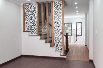 Bán 2 căn nhà Minh Khai, 35m2, 5 tầng, ô tô 7 chỗ vào nhà, 3.75 tỷ/căn, kinh doanh đỉnh