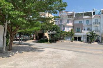 Cần tiền kinh doanh bán gấp đất lô góc 2 MT Hoàng minh Tuấn, giá 80tr/m2, gọi ngay 093 6666 466