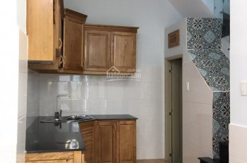 Cần bán nhanh căn nhà 1 trệt 2 lầu đường An Dương Vương, giá 2,3 tỷ, có sổ hồng riêng