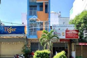 MT: Nguyễn Cửu Đàm (4m x 20m) 3 lầu, 5 phòng, 5 toilet - chính chủ cần bán gấp - 0909966061