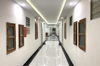 Rẻ nhất CHCC tòa C4 Nguyễn Cơ Thạch, DT 86m2, 2PN + 2WC căn góc, siêu thoáng mát giá 1,9 tỷ (TL)