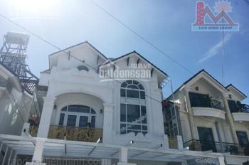 Gia đình cần tiền bán nhanh nhà diện tích rộng KQH Ngô Quyền - LH: 0942.657.566