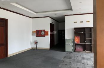 Cho thuê sàn văn phòng 500m2 đã bao gồm điều hòa thảm vách ngăn đường Nguyễn Xiển, 40 triệu/tháng