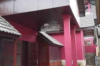 Bán biệt thự nghỉ dưỡng 300m2 đường Trịnh Hoài Đức, Phường 11, giá chỉ 24 tr/m2