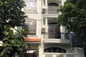 Bán biệt thự phường Hiệp Bình Chánh, quận Thủ Đức trệt 3 lầu, 4PN 4WC, nội thất gỗ. Giá 13 tỷ