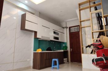 Cho thuê gấp nhà trong ngõ 381 phố Nguyễn Khang, Cầu Giấy, 30m2 x 5T, MT 3m, 3PN. Giá chỉ 12tr/th