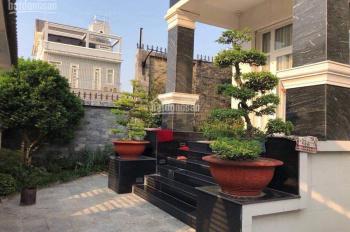 Cho thuê villa khu vực sầm uất, hẻm nội bộ 333/5 Hai Bà Trưng, ngay chợ Tân Định, Quận 1