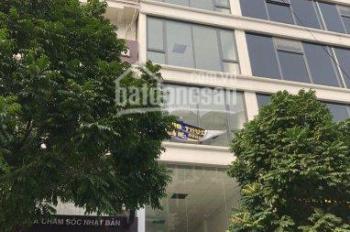 Cho thuê chính chủ nhà mặt phố Trần Quốc Hoàn. DT 55m2 x 6 tầng mới xây có thang máy
