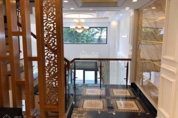Cho thuê nhà mới xây 189/6A Võ Văn Tần, ngay trung tâm Quận 3. Kinh doanh tự do