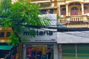 Cho thuê cả nhà số 916 Trương Định Hoàng Mai, Có vỉa hè, nhà 4 tầng, giá thuê 25 triệu/tháng