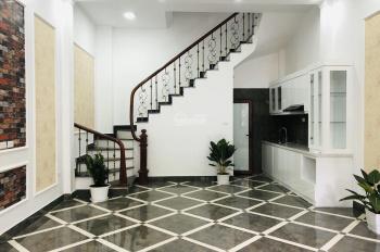 Ô tô đỗ cửa bán 2 căn nhà xây mới phân lô Đầm Trấu, DT 48m2, 5 tầng, 2 mặt thoáng, giá từ 3.6 tỷ