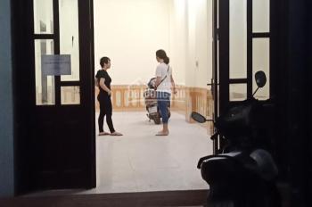 Cho thuê nhà Nguyễn Xiển, 62m2, 1 tầng riêng biệt, ô tô tránh, 8 triệu/th