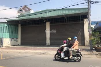 Cho thuê nhà mặt tiền rộng 480m2 đường Trịnh Đình Trọng, P. Phú Trung