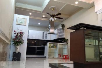 Siêu phẩm, nhà 4 tầng, MT Phạm Văn Chí, P4, Q. 6, DT: 4,3x27m, giá chỉ 17 tỷ
