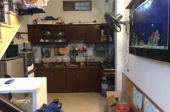 Nhà 4 tầng x 30m2 có 2PN, 2ĐH, tủ lạnh đồ đẹp Hồng Mai, LH: 0946913368