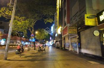 Bán nhà đẹp mặt tiền đường Hoàng Diệu Quận 4, LH 0902 854 456