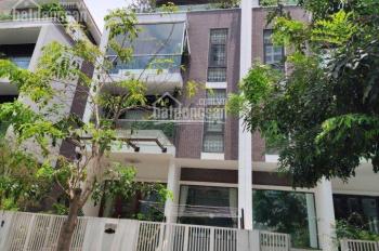 Chính chủ cần bán nhà số B2 Trần Kim Xuyến, Yên Hòa, Cầu Giấy DT 300m2, MT 15m x 4T đẹp, giá 52 tỷ