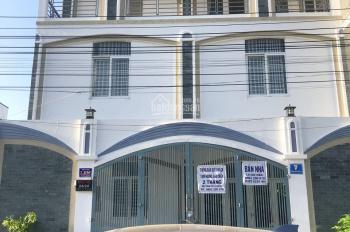 Chính chủ cần cho thuê khách sạn giá rẻ khu vực phía Bắc, Nha Trang