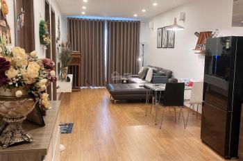 Không ở tôi cho thuê căn 71m2 full nội thất hiện đại chung cư Beriver 390 Nguyễn Văn Cừ, 10tr/th