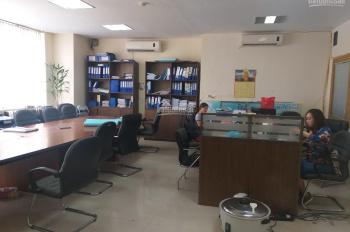 Cho thuê văn phòng 64m2 tại Khuất Duy Tiến, gồm 3 phòng làm việc sẵn, vào làm việc ngay