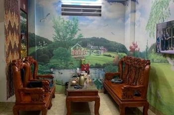 Bán nhà phố Giang Văn Minh 42m2 x 5 tầng, cách phố 30m giá 5,25 tỷ. LH chính chủ 0879.656.222