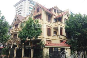 Cho thuê biệt thự tại KĐT Trung Hòa, lô góc 250m2, 3,5 tầng làm nhà hàng, khách sạn