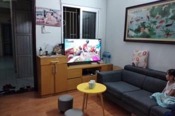 Cần bán căn hộ 3 ngủ 68m2 tại CT3 Bắc Linh Đàm, SĐCC tầng đẹp thoáng mát. Lh: 0336133493 tùng