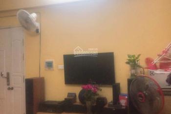 Chính chủ bán căn hộ CT4A 2PN 2WC, nhà đẹp. Giá siêu rẻ: 1 tỷ