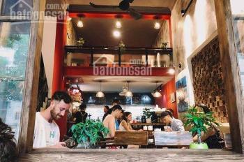 Cho thuê nhà mặt phố Phùng Hưng, vị trí phố cổ, kinh doanh buôn bán dễ