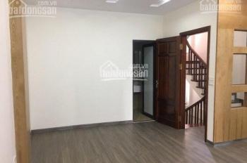 Cho thuê nhà phố Đào Tấn 100m2 thiết kế 6 tầng có thang máy giá: 28tr lh: 0964.570.836 (a Giang)