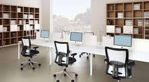 Sàn thương mại văn phòng quận Cầu Giấy. Diện tích 103m2, mặt đường 40m, giá rẻ nhất thị trường
