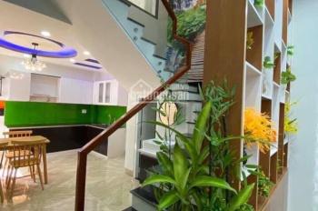 Chào bán nhà 3 tầng mới xây kiệt Tiểu La ngay trung tâm thành phố. LH: 0934889973