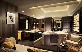 Cho thuê nhà MP Hàng Giấy, Hoàn Kiếm nhà đẹp DT T1 30m2 MT 4m giá 40 triệu phố vip LH 0928872222