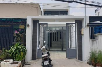 Nhà mặt tiền Xuân Thới Sơn 28 gần ngã 4 Hóc Môn (QL22) thuận tiện KDBB