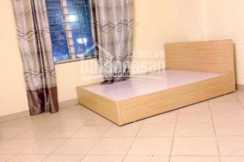 Cho thuê phòng khép kín giá 1,6tr - 2tr/th ngõ 110 Trần Duy Hưng, gần Trung Kính, Nguyễn Khang