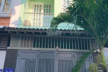 Bán nhà riêng hẻm 111 Phạm Văn Bạch, P. 15, quận Tân Bình. DT 54m2, giá bán: 5.5 tỷ TL